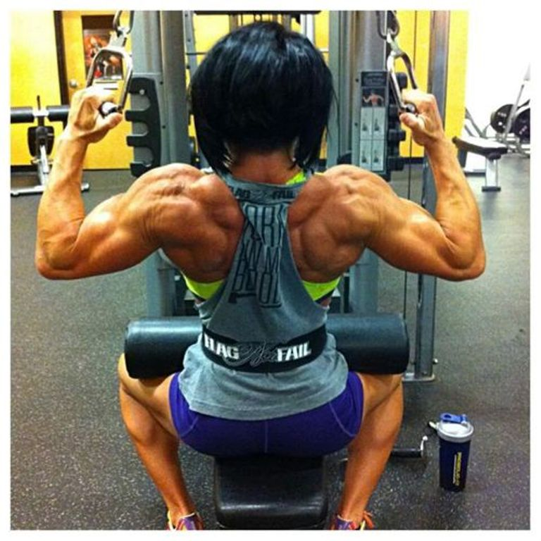 8muses female muscle growth