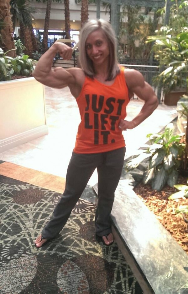 Shannon courtney beauty muscle click for details shannon courtney