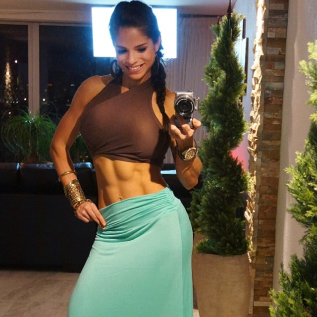 Michelle Lewin Abs - Hot Girls Wallpaper