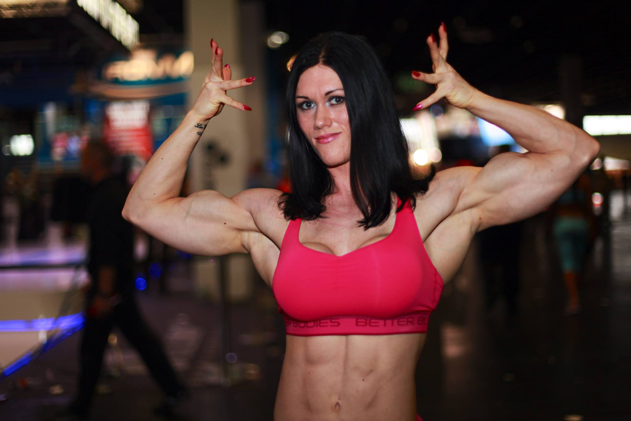 Female bodybuilder jill jaxen gets naked 5