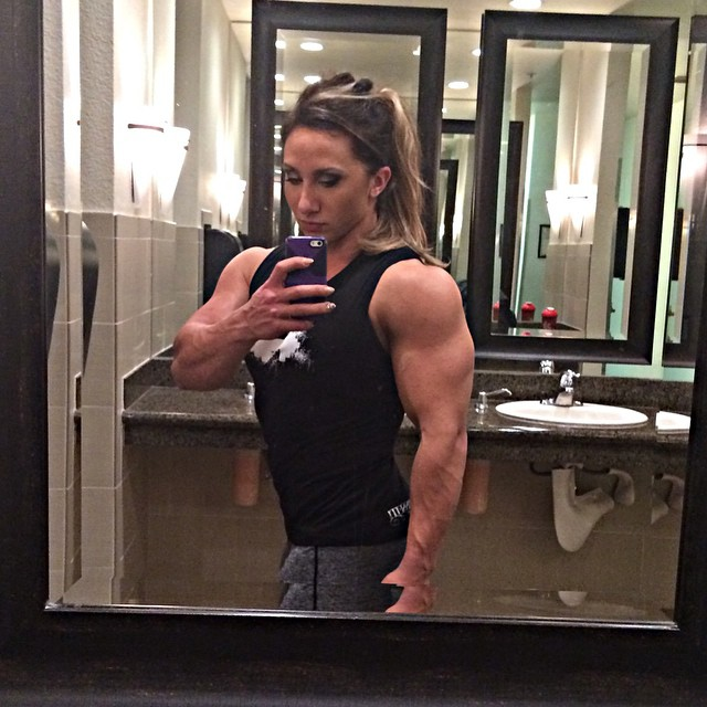 shannon courtney biceps shannon courtney