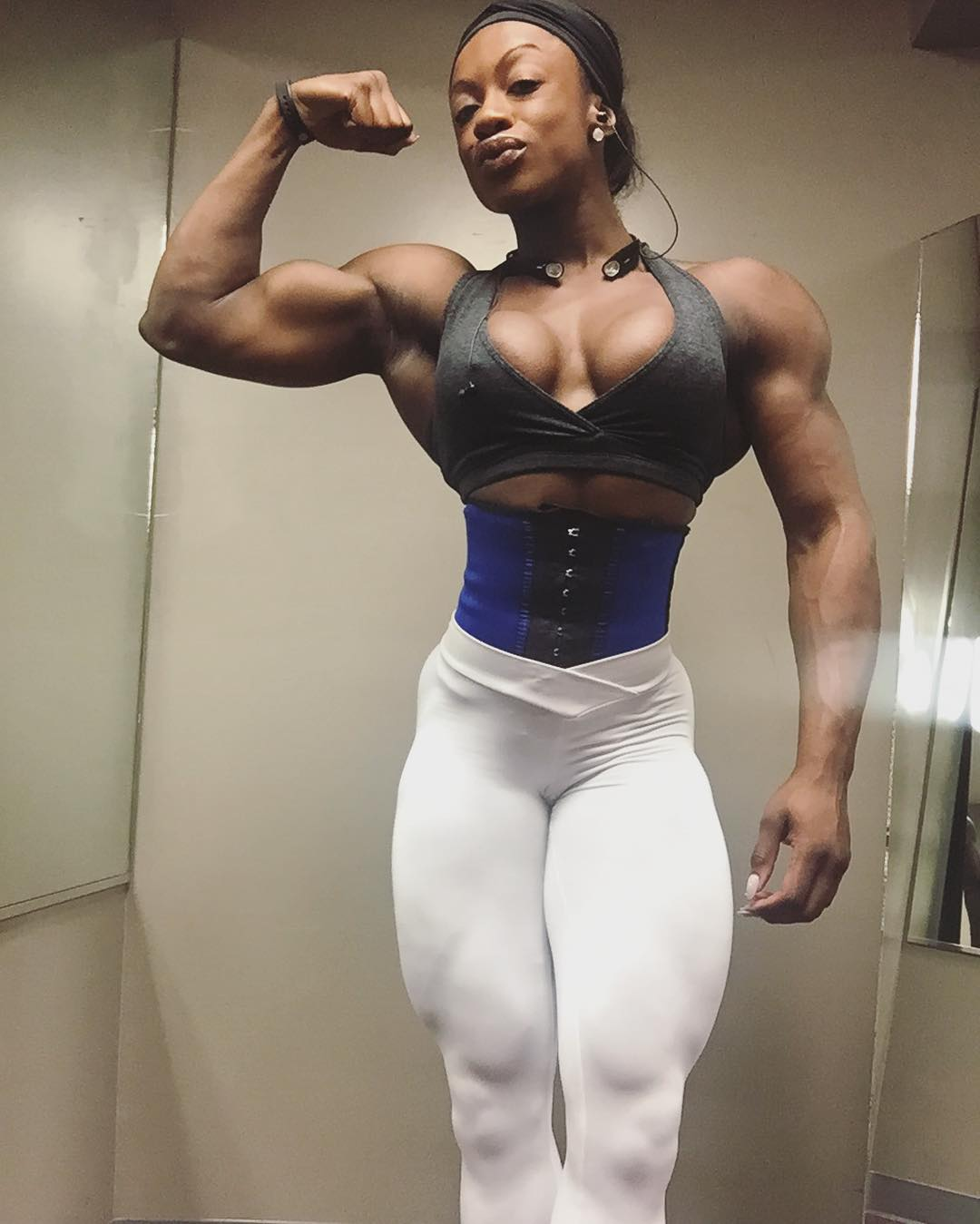 Cindy Phillips Posing Ripped in Hotel room  YouTube