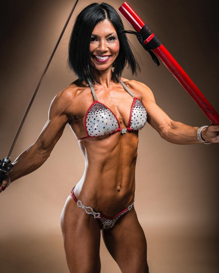 Stephanie Price | Beauty Muscle